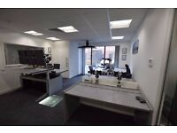 Attractive Office Space To Rent or Share (1700 to 2200 SQ.FT)