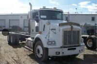2005 Kenworth T800 TANDEM CAB AND CHASSIS -
