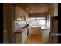 3 bedroom house in Bournelea Avenue, Manchester, M19 (3 bed)