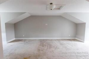 Townhouse in North London - $2200 London Ontario image 13