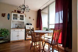Lovely Suites w/ Panoramic Water Views: Mins to Downtown Sydney!