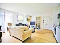 3 bedroom flat in Graham Lodge, Graham Road, Hendon NW4