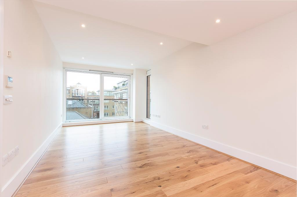 2 bedroom flat in Putney Wharf Tower, Brewhouse Lane, London