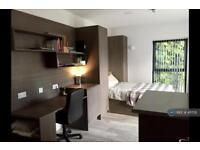 Studio flat in Frederick Road, Selly Oak, Birmingham, B29