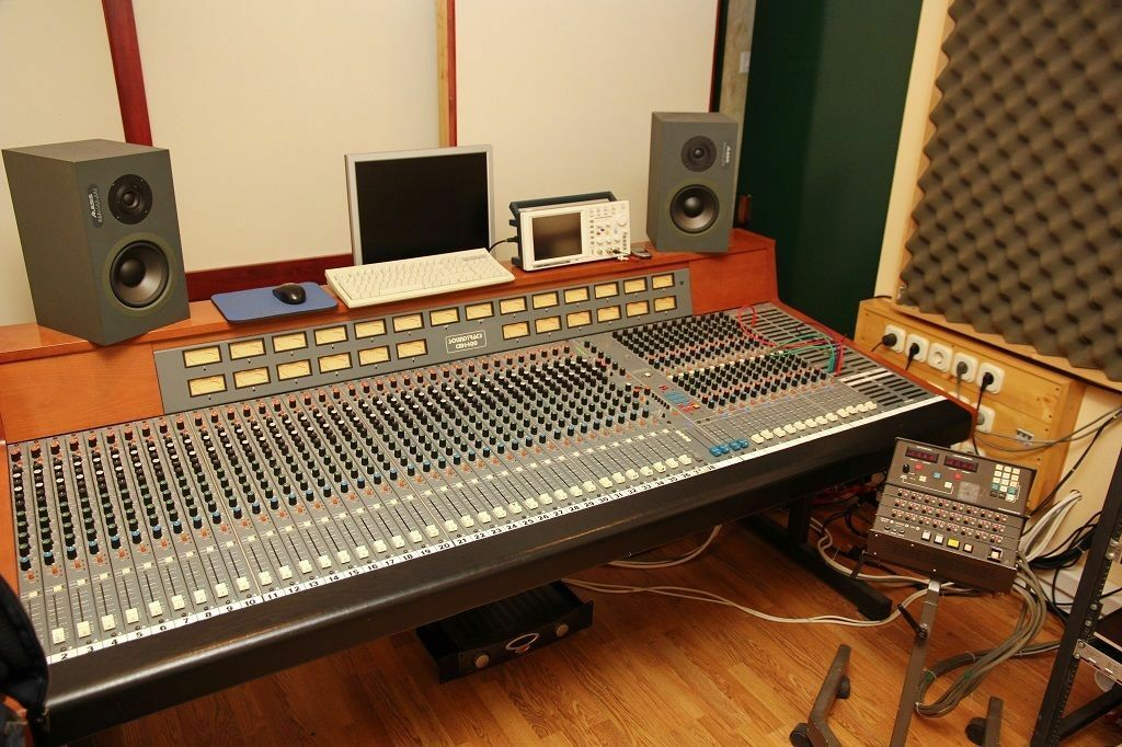 Groovy How To Build A Home Recording Studio Desk Ebay Largest Home Design Picture Inspirations Pitcheantrous