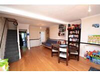 2 bedroom house in Brackenbury Road, East Finchley, N2