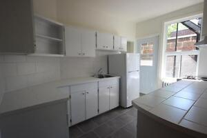 Renovated 2 bedroom available January 15th - NDG - VENDOME