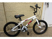 bikes childs Apollo Force BMX - - 18inch wheel - -L@@K - - LIKE NEW - - £35