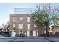 3 bedroom flat in Crayford Road, Tufnell Park N7
