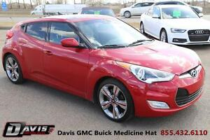 2012 Hyundai Veloster Base Sunroof! Navigation! Heated seats!