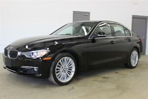 2015 BMW 328I xDrive- Nav |Executive Pkg| Leather| Sunroof