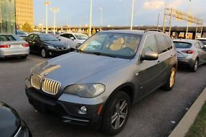 2008 BMW X5 4.8i + LEATHER PANO ROOF + FRONT AND REAR SENSORS