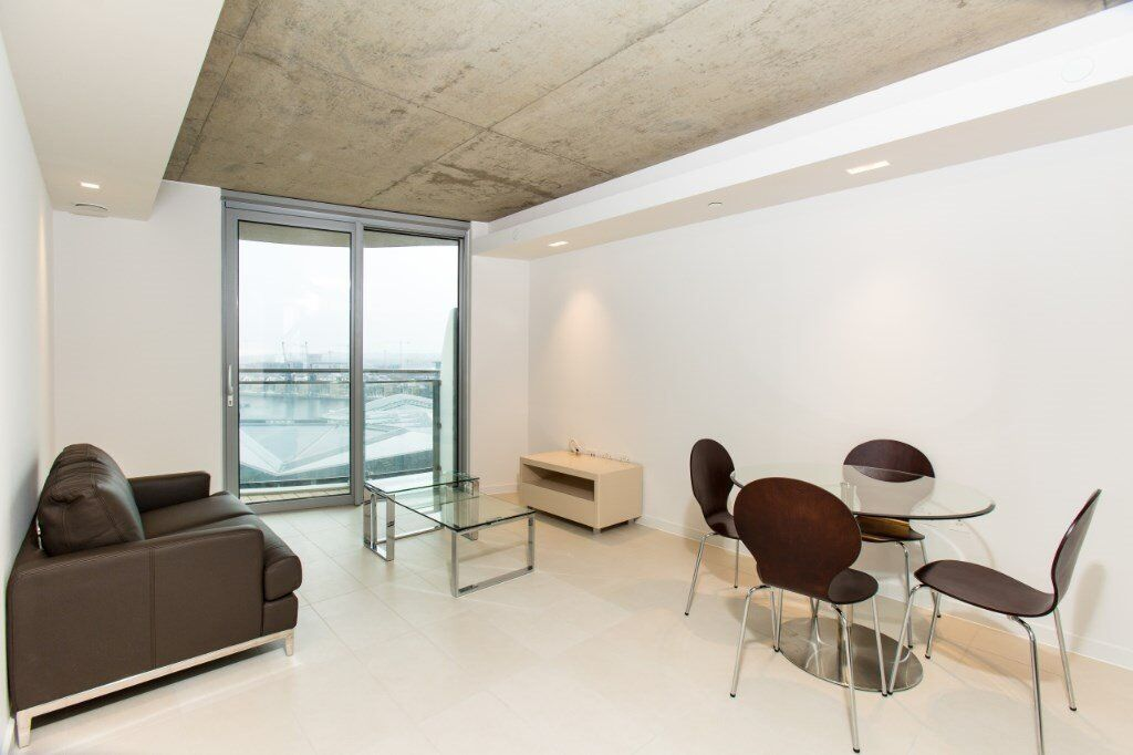 LUXURY 1 BED HOOLA BUILDING E16 CANARY WHARF ROYAL VICTORIA CANNING TOWN EAST INDIA