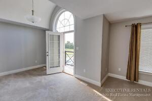 Townhouse in North London - $2200 London Ontario image 8