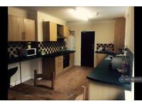 5 bedroom house in Hill Park Crescent, Plymouth, PL4 (5 bed)