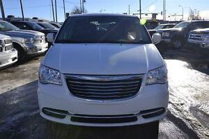 2013 Chrysler Town & Country Touring Edmonton Edmonton Area image 2