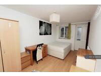 Studio flat in Wordsworth Road, Loughborough, LE11