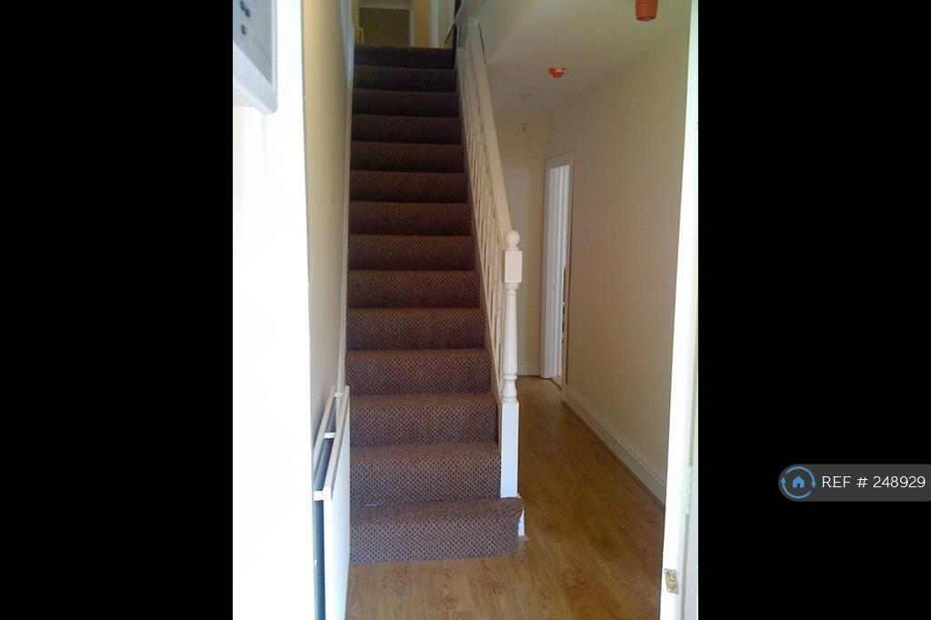 5 bedroom house in St Michaels Church Road, Liverpool, L17 (5 bed)