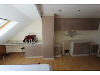 To let brand new studio flat furnished bills included E17