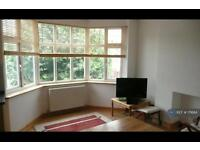 2 bedroom flat in Hendon, London, NW4 (2 bed)