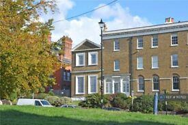 1 bedroom flat in Montpelier Row, London, SE3 (1 bed) (#1107122)