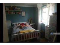 3 bedroom house in Rothbury Road, Chelmsford, CM1 (3 bed)