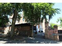 2 bedroom flat in Lenton Road, The Park, Nottingham, NG7 (2 bed) (#1163274)
