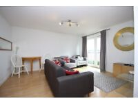 SPACIOUS 2 BEDROOM IN AN EXCELLENT TRANSPORT LOCATION, FURNISHED, IN FERGUSON CLOSE, DOCKLANDS