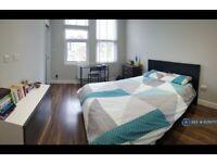 1 bedroom in Weston Park, London, N8 (#1079777)