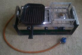 Gas Cooker with Gimbals and Gimbal Mounting Plates