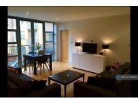 2 bedroom flat in Clyston Street, London, SW8 (2 bed)
