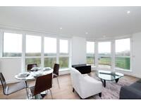 @ Kidbrooke 2 bed 2 bath apartment - Designer furnishings - close to station - Blackheath!
