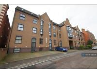 2 bedroom flat in Norwich Avenue West, Bournemouth, BH2 (2 bed)