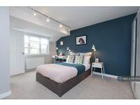 1 bedroom in Trout Walk, Newbury, RG14 (#1005652)