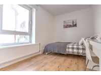 2 rooms left in a 4 bed flat - perfect for friends living together! Book in your viewing now!!