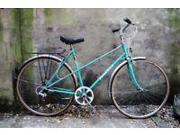 PEUGEOT RIVIERA. 21 inch, 53.5 cm. Vintage ladies women's dutch style mixte frame road bike, 5 speed