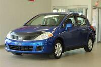 2009 Nissan Versa 1.8 SL Hatchback (MAGS,A/C)