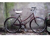 COUNTY. 19 inch, 49 cm. Vintage ladies womens dutch style traditional road bike. Loop frame, 3 speed