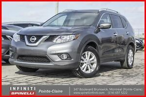 2014 Nissan Rogue SV TECH 7 PASSAGER