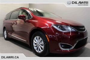 2017 Chrysler Pacifica Touring-l $270*BW
