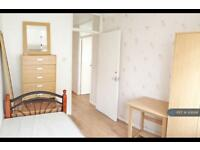 1 bedroom in Susannah Street, London, E14