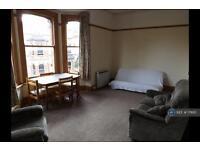 1 bedroom flat in Powderham Crescent, Exeter, EX4 (1 bed)