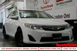 2014 Toyota Camry LE UPGRADE WITH NAVIGATION - SNOW TIRES! London Ontario image 1