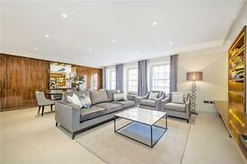 2 bedroom flat in Balfour Place, Mayfair