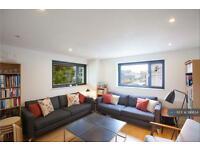 1 bedroom flat in Shepherdess Walk, London, N1 (1 bed)