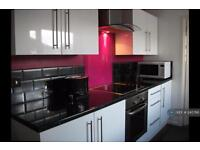 2 bedroom house in Glenmore Avenue, Plymouth, PL2 (2 bed)