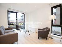 2 bedroom flat in Glassblowers House, Aberfeldy Village, London