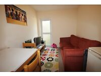 4 Bedroom Student Property Available in Derwent Avenue, Headington | Ref 1931