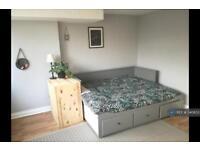 1 bedroom flat in Ground Floor Bath Buildings, Bristol, BS6 (1 bed)