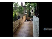 2 bedroom flat in Oaksford Avenue, London, SE26 (2 bed)